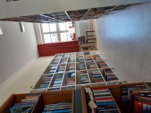 Bücherei Rüdenau Bild 2